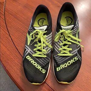 Brooks Hyperion lightweight running shoes Mens 9.5